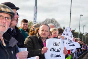 Hundreds gather at Strabane-Lifford crossing to protest against Brexit