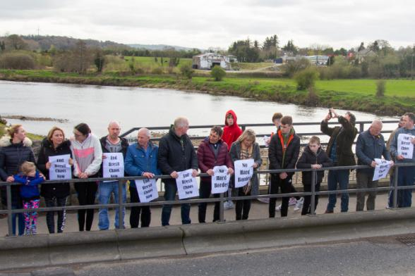 Brexit protests at border crossings